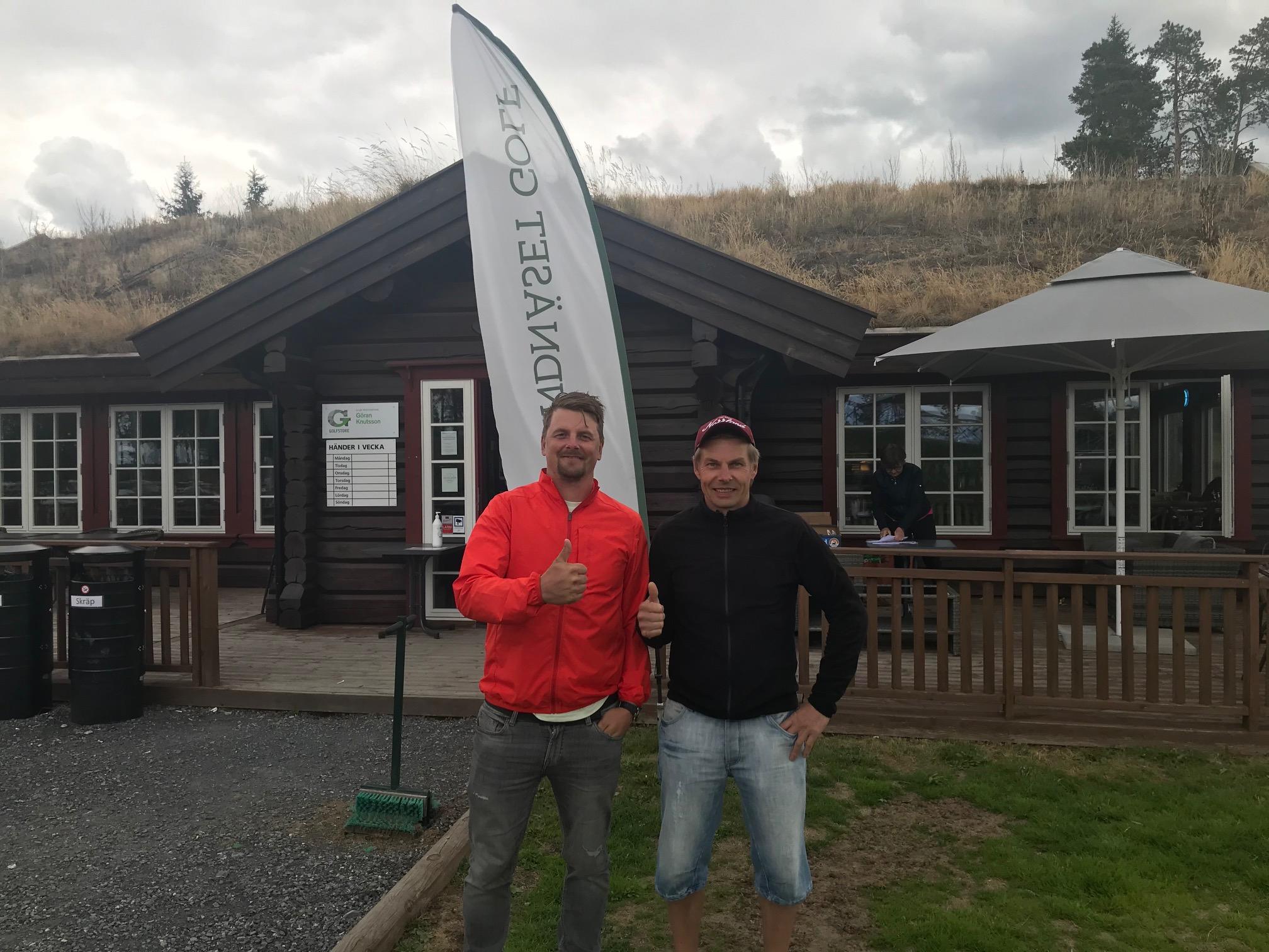 Martin och Anders Jonsson - vinnare i scramble